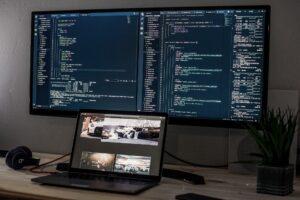 デュアル・マルチディスプレイで作業効率・生産性アップ