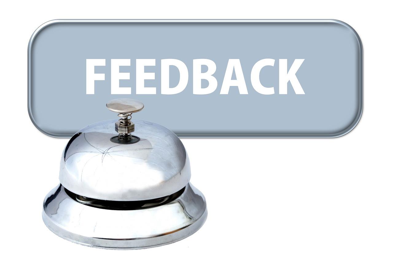 他人の記事を読んで改善点を指摘しながら、自分のブログの改善点も見つかる